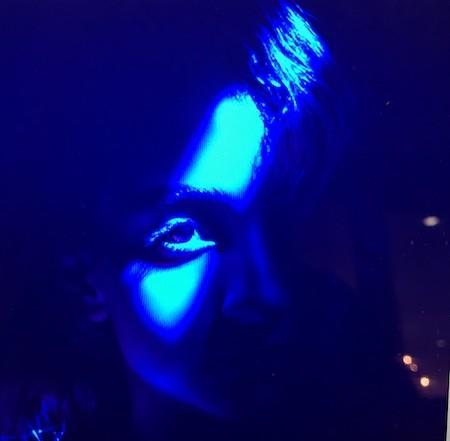 broken heart, blue girl